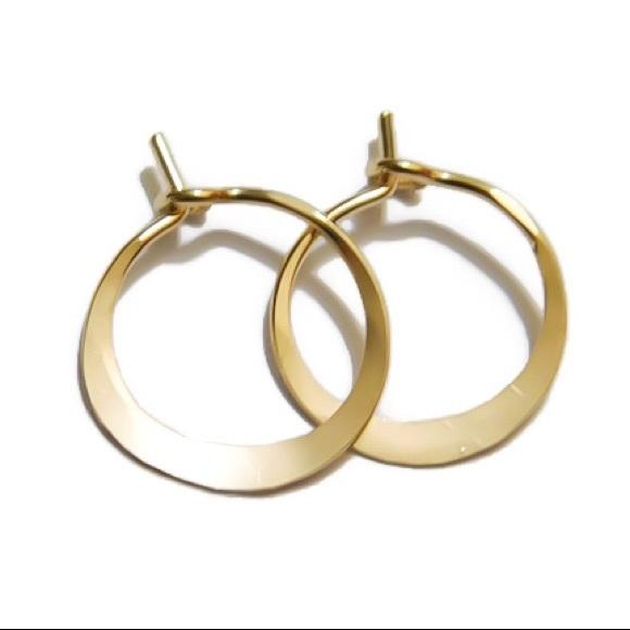 9276111ca549b 🖤firm🖤 14K GOLD 10MM HUGGIE HOOP EARRINGS